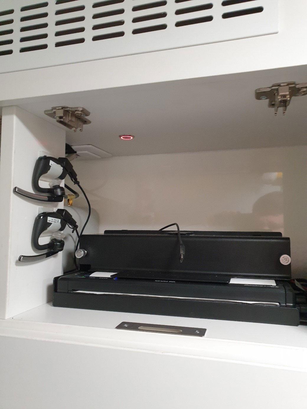 Telenotarzt Headsets und Drucker für direkte Dokumentation
